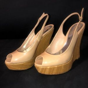 Gucci wedge authentic nude patent leather peep toe